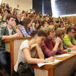 Рособрнадзор запретил прием выпускников в12 институтов ифилиалов