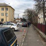 ВМукачево около школы разборки сострельбой ивзрывчаткой: есть раненые