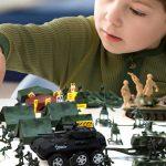 Выбираем детские игрушки под возраст ребенка