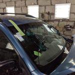 Как защититься от жары в машине через стекло?